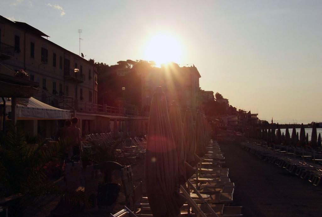 alba_spiaggia_bagnini